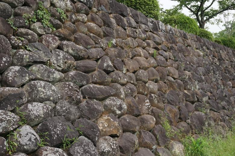 Ishigaki (stone wall)