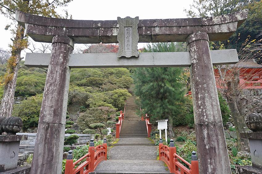 祐徳稲荷神社外苑入り口の鳥居