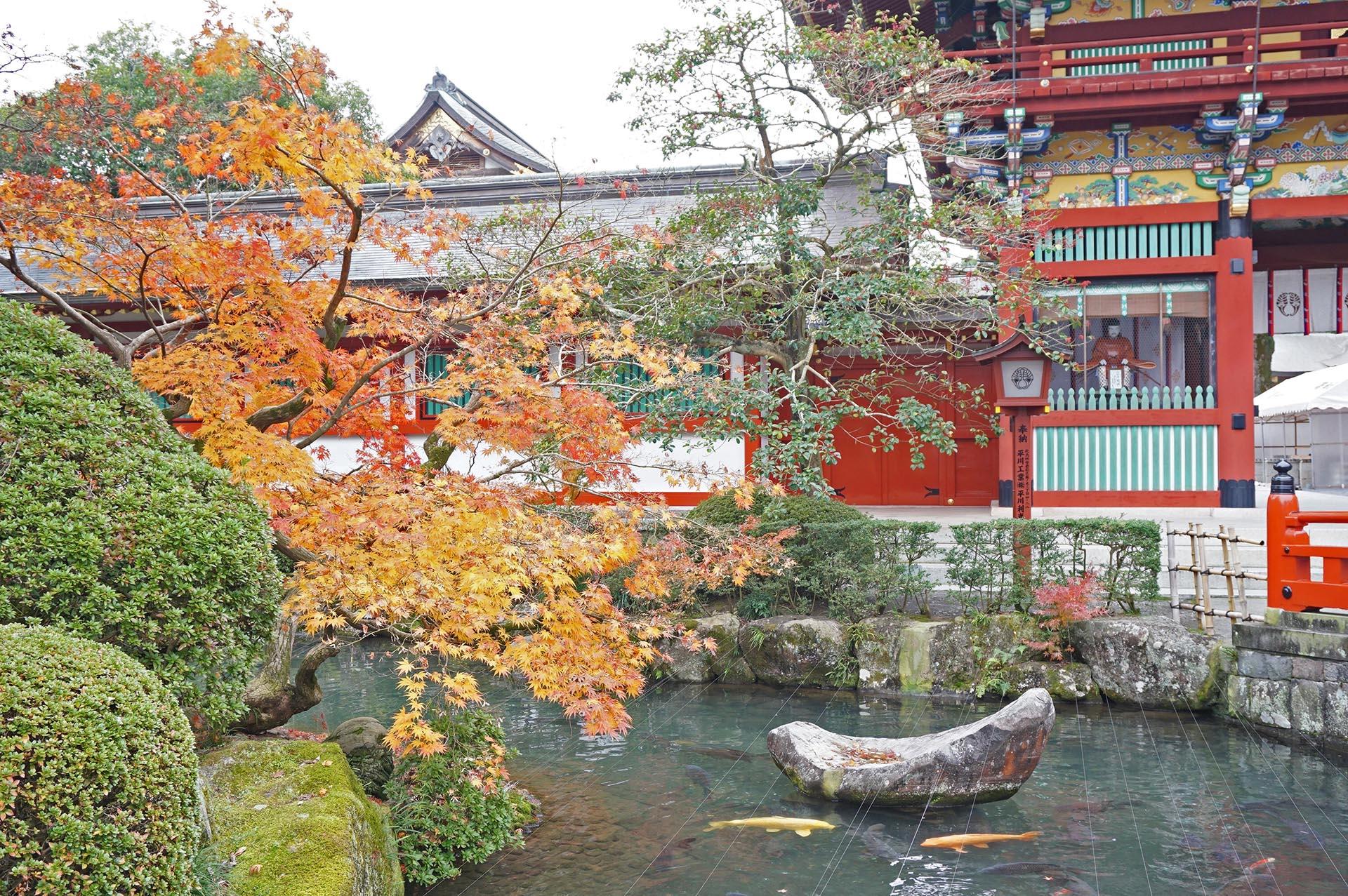 楼門周辺の紅葉