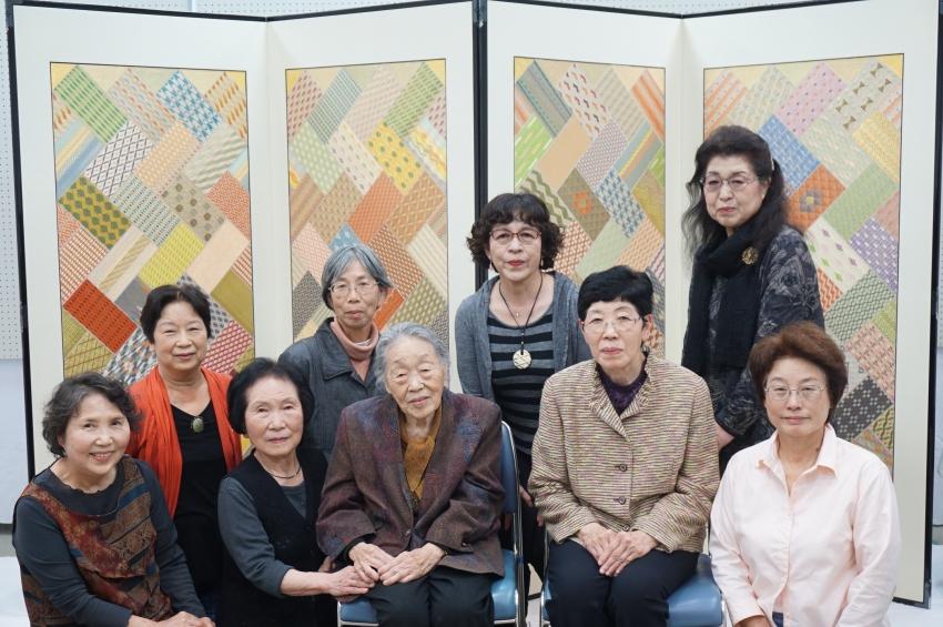 鹿島錦保存協会のメンバー