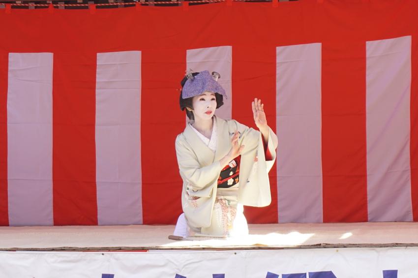 嬉野市藤生会の日本舞踊