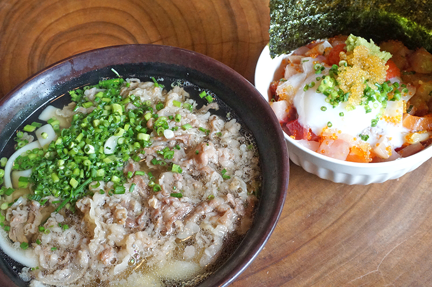 Meat udon noodles with seafood rice bowl