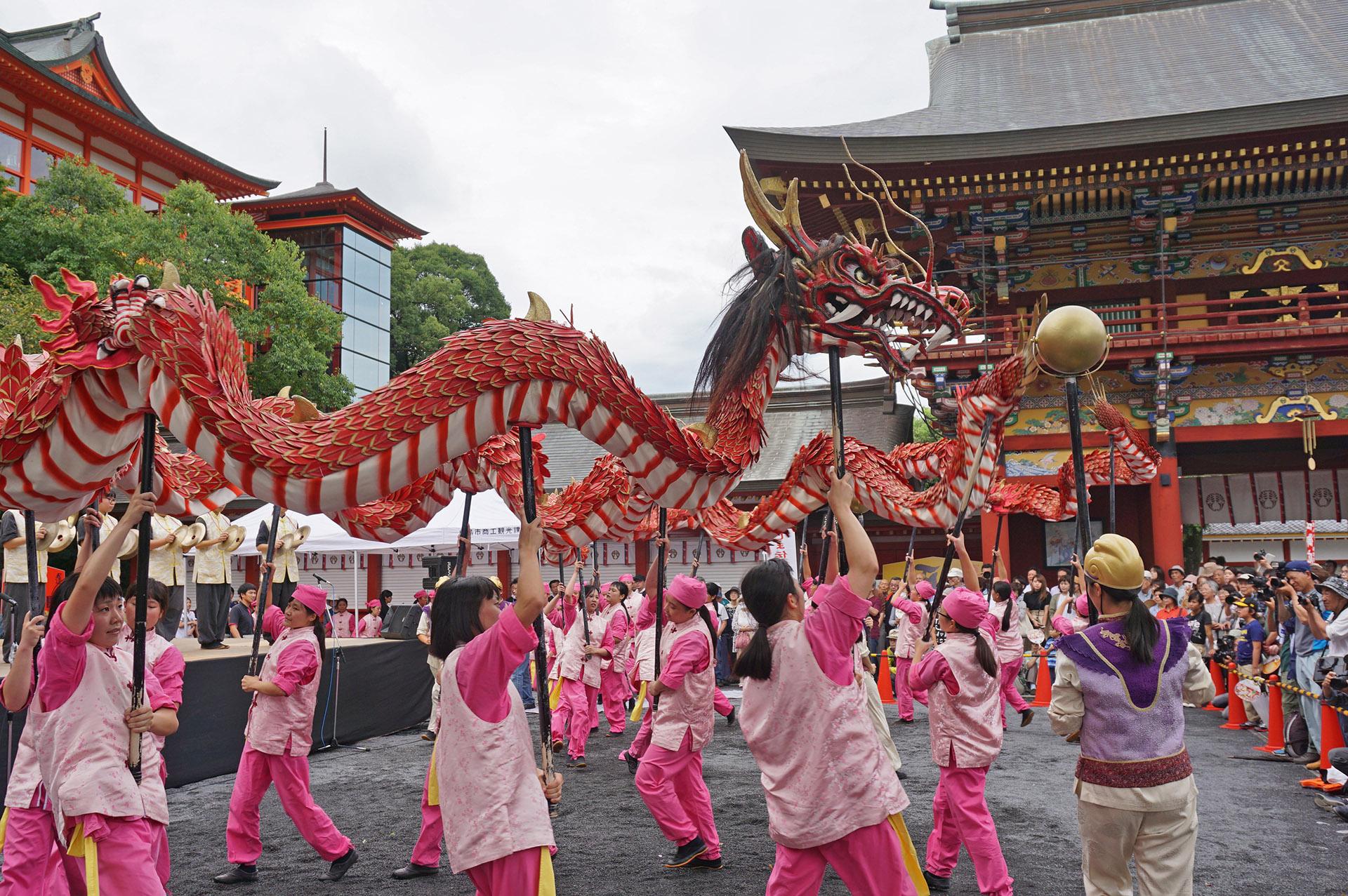 長崎の龍踊り